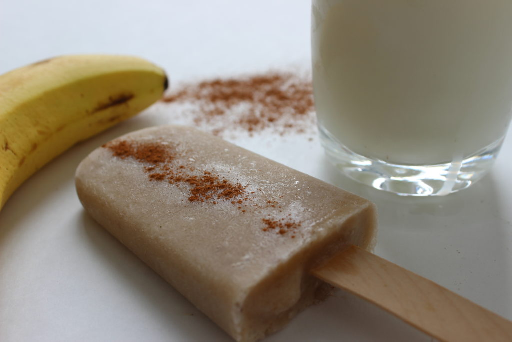 Banana Cinnamon ice pop recipe simple and healthy